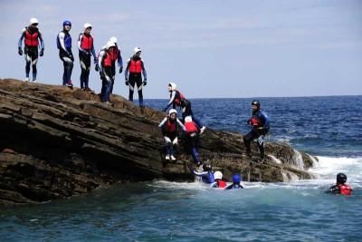 Coasteering en Urdaibai