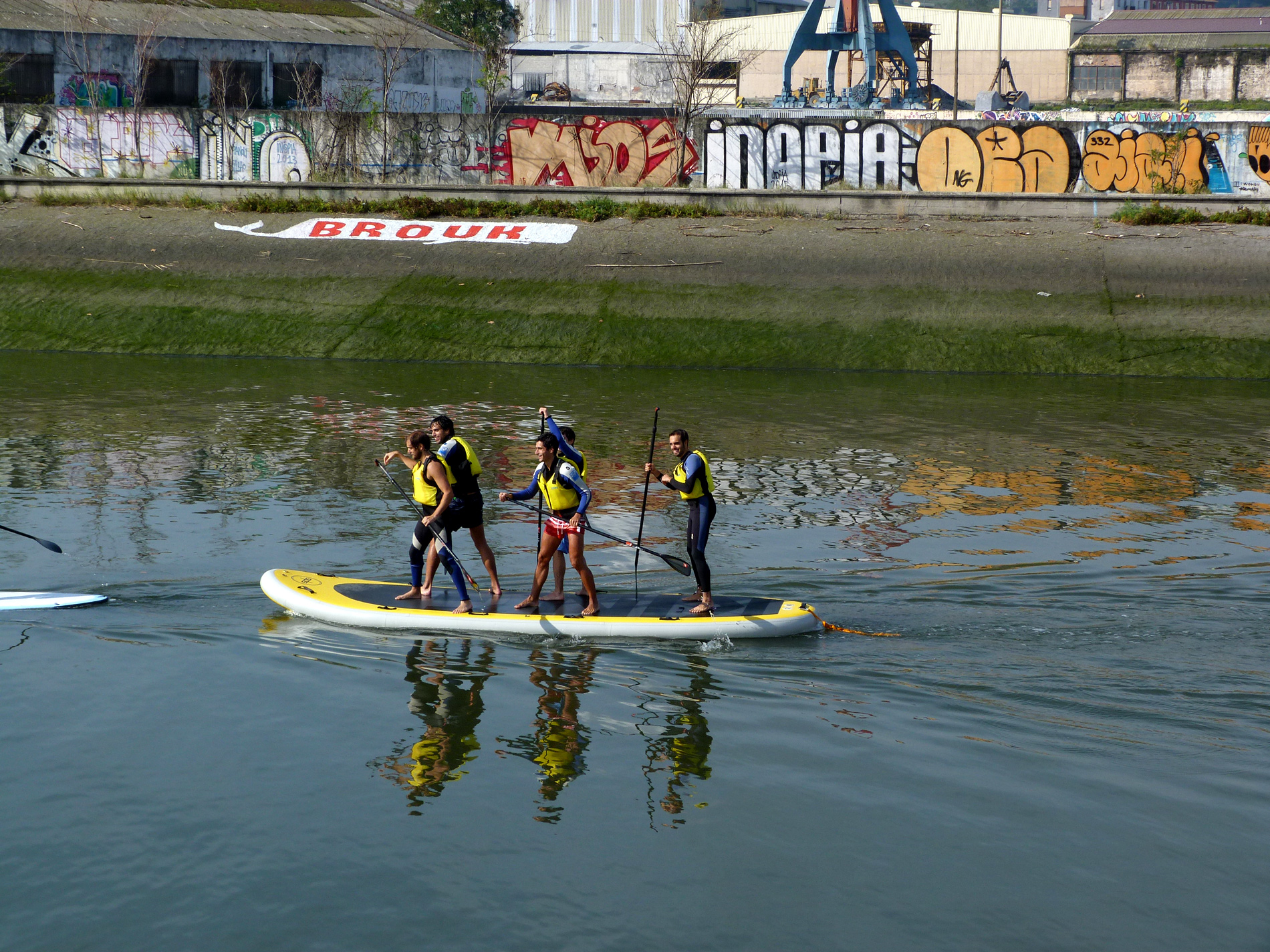 Big sup stand up paddle ria de Bilbao